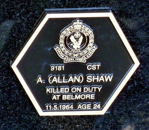 Allan SHAW - Woonona Cemetery