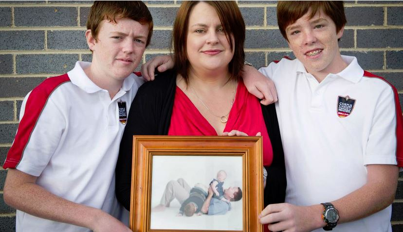 Police officer Robert Brotherson was killed in 2002. Lake Illawarra Police are creating a memorial wall in his and other fallen officers' honours. Pictured are Melissa Brotherson and her sons Ewan and Blake. Picture: ALBEY BOND