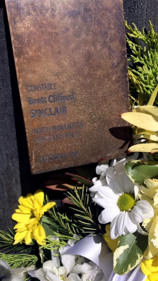 BRETT CLIFFORD SINCLAIR NSWPF MURDERED ON 25 OCTOBER 1988 BY SEMI TRAILER DRIVER. https://www.australianpolice.com.au/brett-clifford-sinclair/