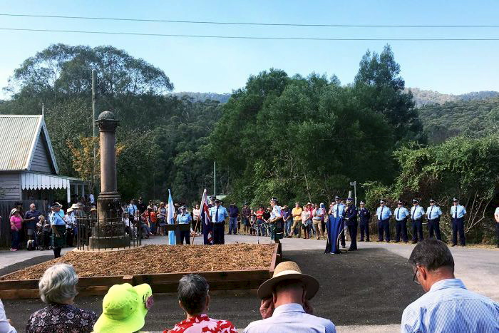 NSW Police conduct a flag ceremony on the 150th anniversary of the shootout in which Constable Miles O'Grady was murdered at Nerrigundah. (ABC: Bill Brown)