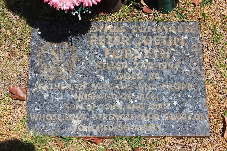 Peter Justin FORSYTH - NSWPF - Murdered 28 Feb 1998 - Grave stone 2