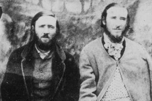 Thomas and John Clarke after their capture a year after murdering Constable Miles O'Grady in Nerrigundah. Prior to their capture they are alleged to have killed four special police sent from Sydney to track them down. They were hanged after a one-day trial. (Supplied: Peter Smith)
