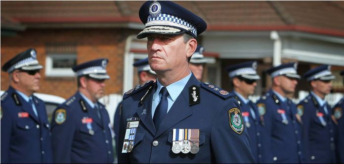 Commissioner Andrew Scipione leading the march for Chief Inspector Graeme Donnelly - Photos from Illawarra Mercury