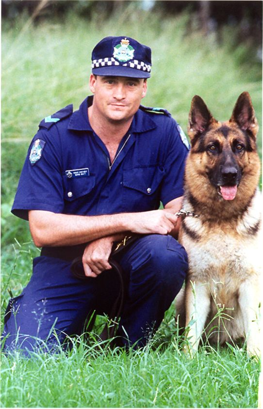 Norman James WATT - SenCon - Shot at siege - Qld - 21 July 2000