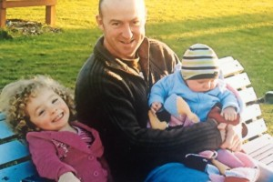Scott GRAY and his two children. Taken in July 2007 a couple of months before he died.