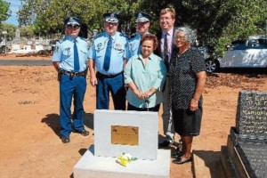 Sergeant Darren Wilkins, Superintendent Stan Single, Assistant Commissioner Geoff McKechnie, Dubbo MP Troy Grant (back) and descendants of Aboriginal tracker Jimmy Nyrang Ruth Carney and Violet Lousick after the unveiling of the headstone. Photo: FAYEWHEELER