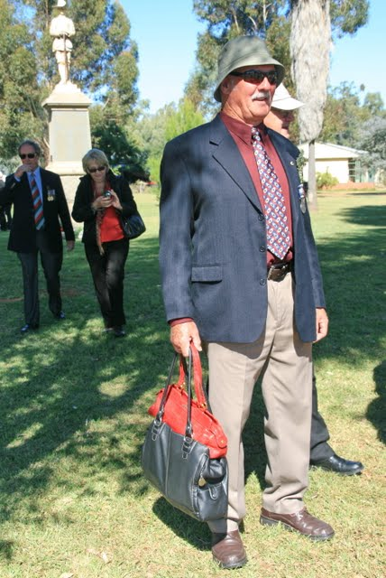 Balranald NSW. Anzac Day, Easter 2011, march & service. Paz the 'Bagman'. BARRY THOMAS PASSLOW NSWPF DIED 23 OCTOBER 2015 LIONS MEMBER https://www.australianpolice.com.au/barry-thomas-passlow/ Balranald NSW. Anzac Day 2011 Barry PASSLOW