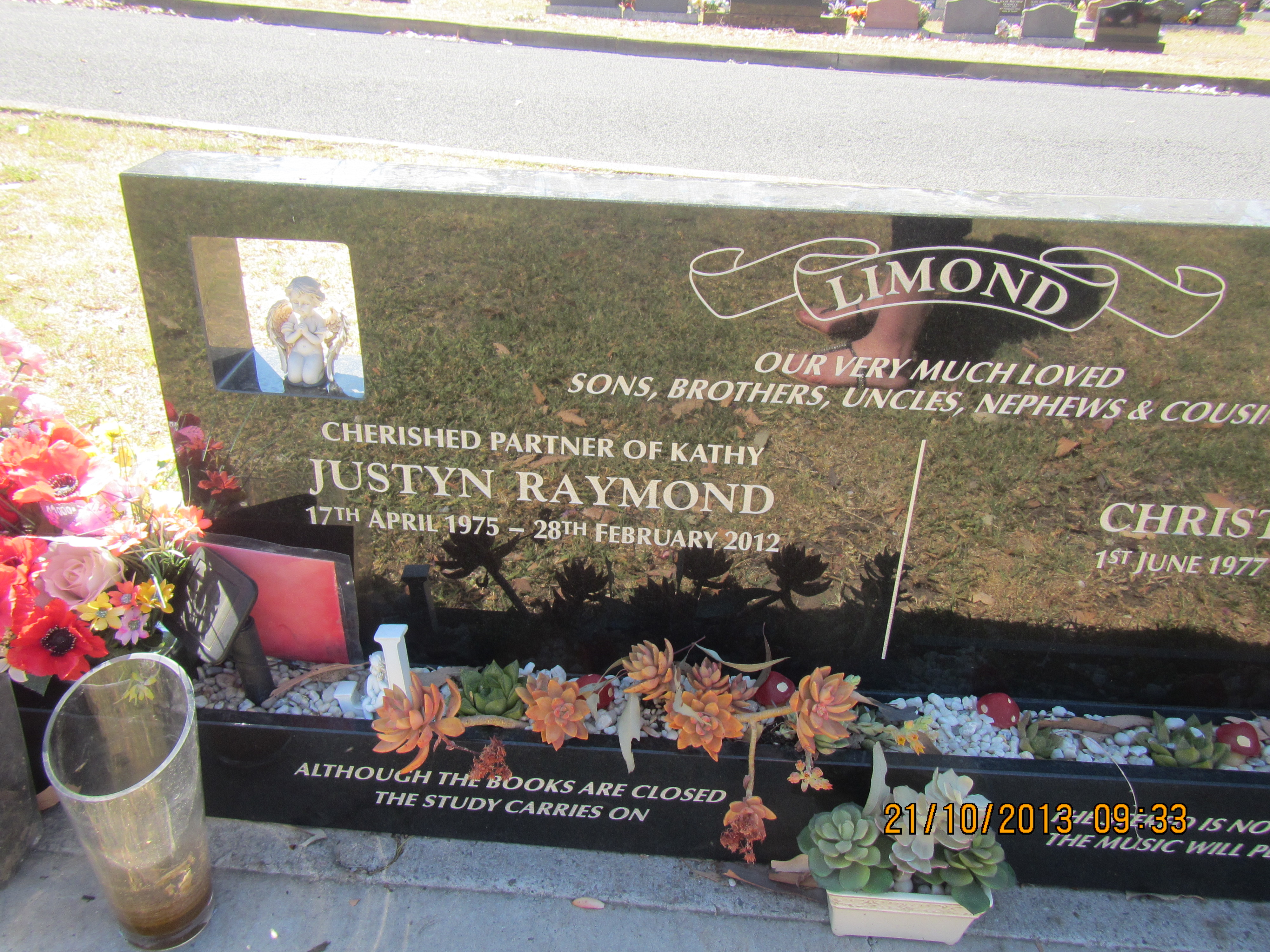 Justyn Raymond LIMOND - NSWPF - Died 28 Feb 2012 - Grave