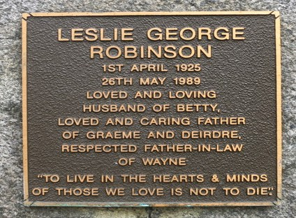 Leslie George ROBINSON - NSWPF - Died 26 May 1989 - Cremation plaque