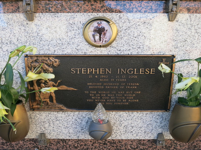 Stephen INGLESE - NSWPF - Grave - Died 21 Dec 2001
