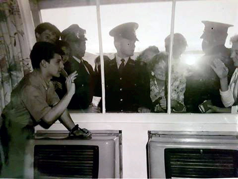 Dad and other Police at Mascot airport<br /> Protecting Frankie Avalon.