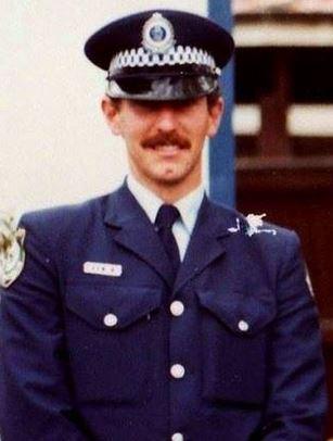 Glenn WALLACE