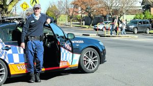https://www.centralwesterndaily.com.au/story/2394399/motoring-madness-drivers-ignore-school-zone-speed-limits/