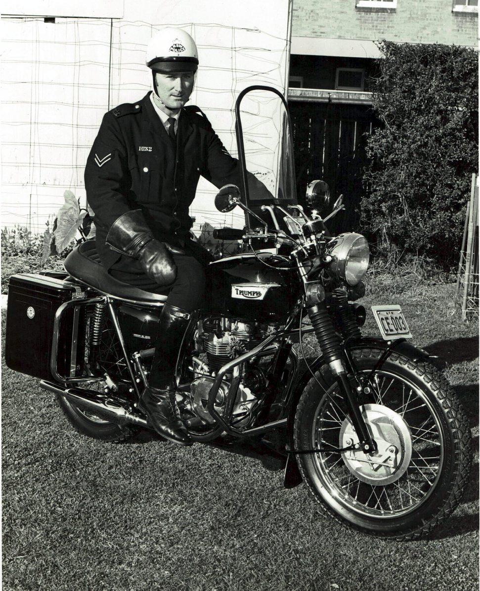 Robert William ALLGOOD, Bob ALLGOOD. NSWPF Triumph motor cycle - NSW Rego CE-003 ridden by SenCon Bob ALLGOOD. Photo taken at Redfern Academy - Monday 26 June 1967.