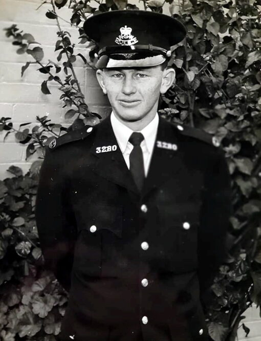 Denis William WARDROBE, Denis WARDROBE